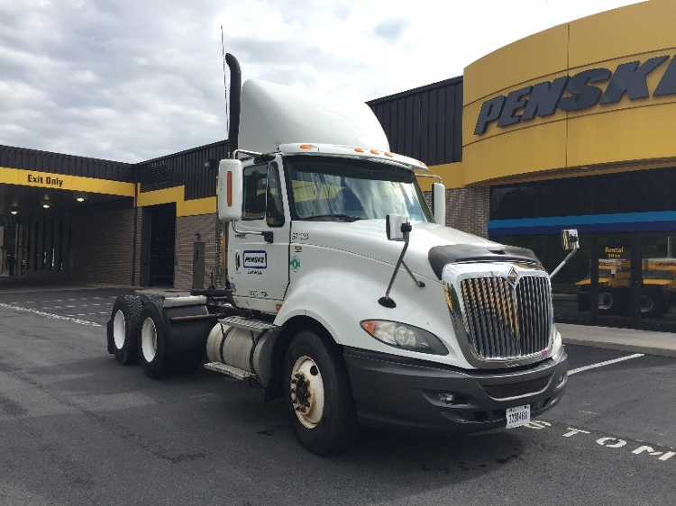 Day Cab Tractor-Heavy Duty Tractors-International-2010-ProStar-READING-PA-467,771 miles-$24,750