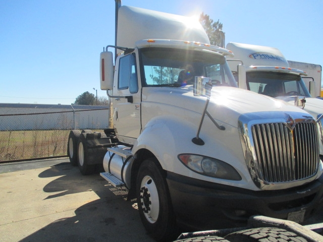 Day Cab Tractor-Heavy Duty Tractors-International-2010-ProStar-SPARTANBURG-SC-433,672 miles-$28,000
