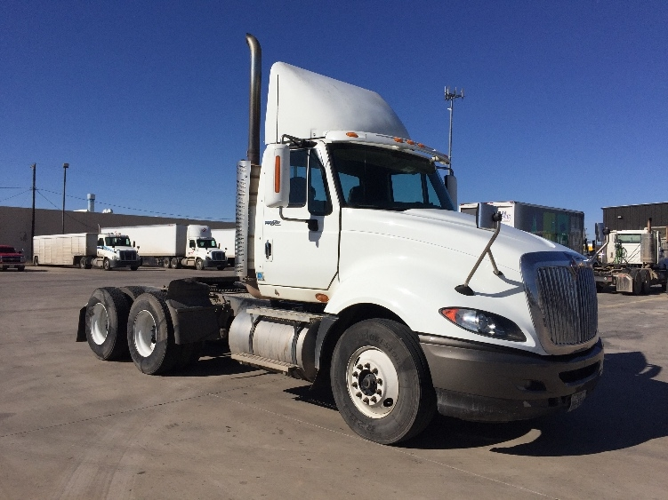 Day Cab Tractor-Heavy Duty Tractors-International-2010-ProStar-AMARILLO-TX-677,614 miles-$27,000