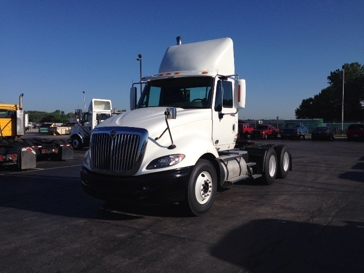 Day Cab Tractor-Heavy Duty Tractors-International-2010-ProStar-KANSAS CITY-MO-460,428 miles-$31,000