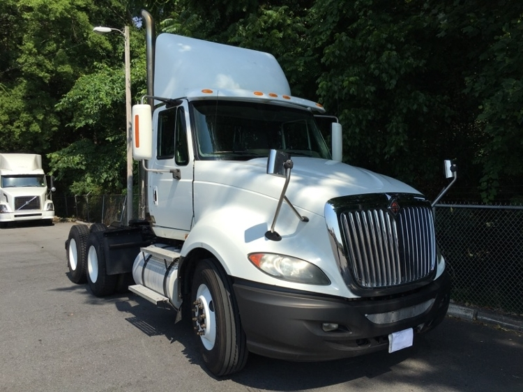 Day Cab Tractor-Heavy Duty Tractors-International-2010-ProStar-DALTON-GA-669,449 miles-$24,000