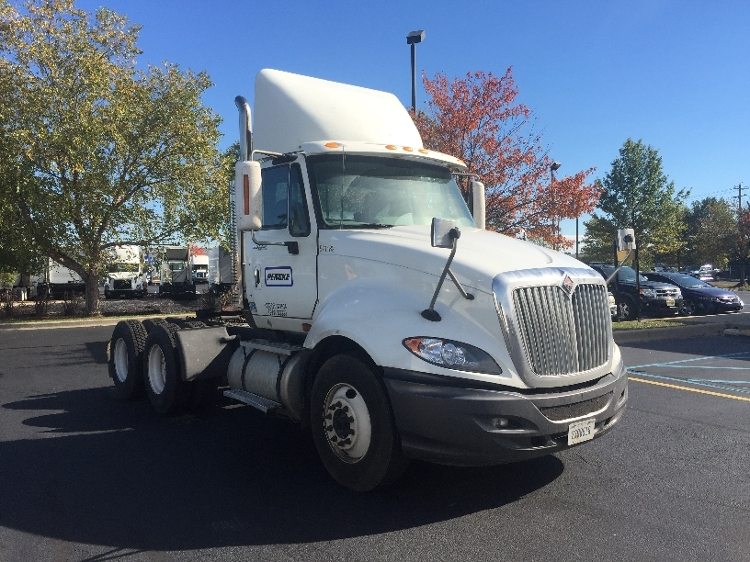 Day Cab Tractor-Heavy Duty Tractors-International-2010-ProStar-BURLINGTON-NJ-408,914 miles-$28,000