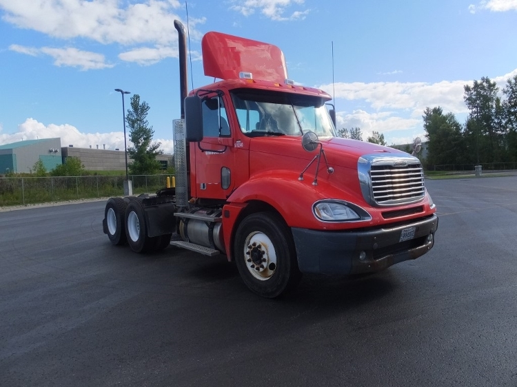 Day Cab Tractor-Heavy Duty Tractors-Freightliner-2009-Columbia CL12064ST-STE-FOY-PQ-368,140 km-$39,000