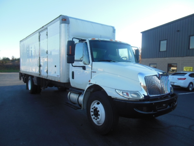 Medium Duty Box Truck-Light and Medium Duty Trucks-International-2010-4300-MONTGOMERY-NY-237,650 miles-$15,500