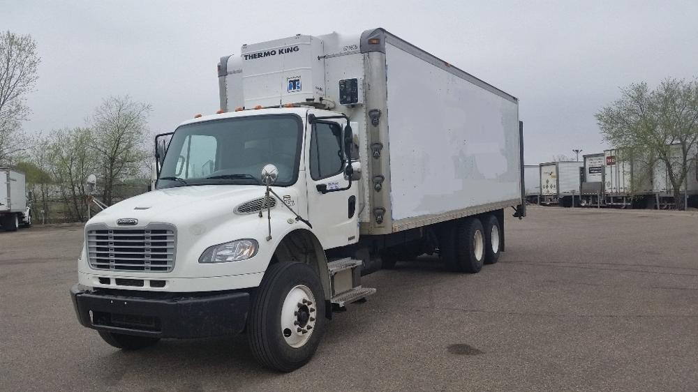 Medium Duty Box Truck-Light and Medium Duty Trucks-Freightliner-2010-M2-ROSEVILLE-MN-207,945 miles-$41,750