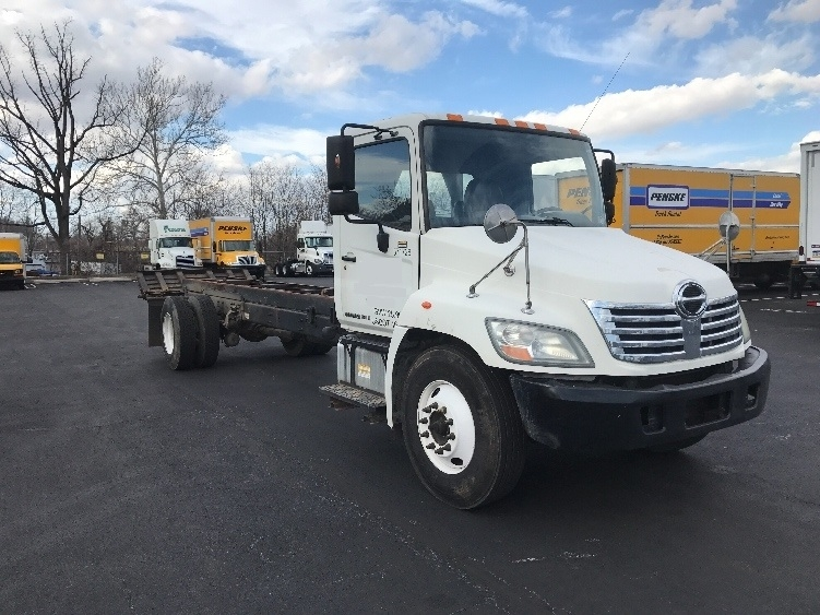 Cab and Chassis Truck-Light and Medium Duty Trucks-Hino-2010-268-KING OF PRUSSIA-PA-293,745 miles-$24,500