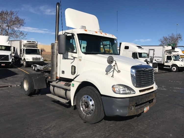 Day Cab Tractor-Heavy Duty Tractors-Freightliner-2009-Columbia CL12042ST-WEST VALLEY CITY-UT-168,784 miles-$42,250