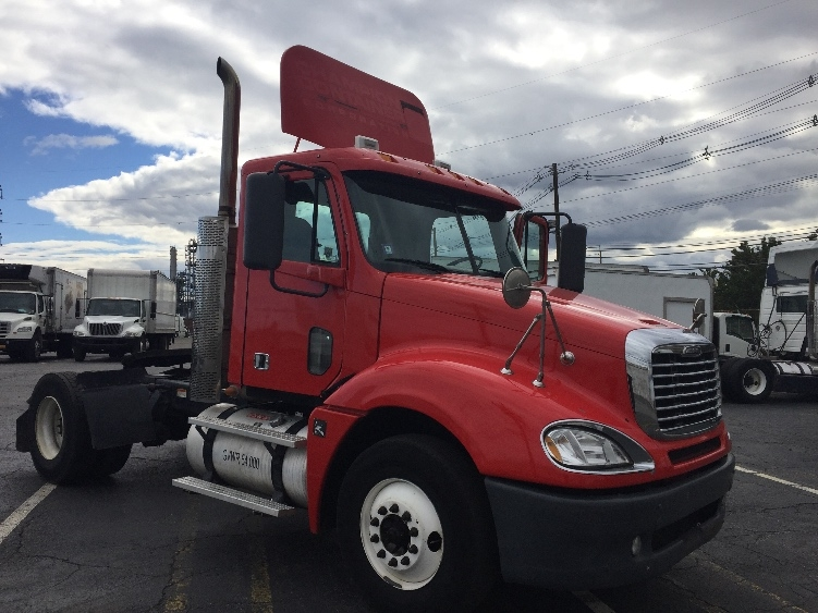 Day Cab Tractor-Heavy Duty Tractors-Freightliner-2010-Columbia CL12042ST-LINDEN-NJ-239,733 miles-$42,250
