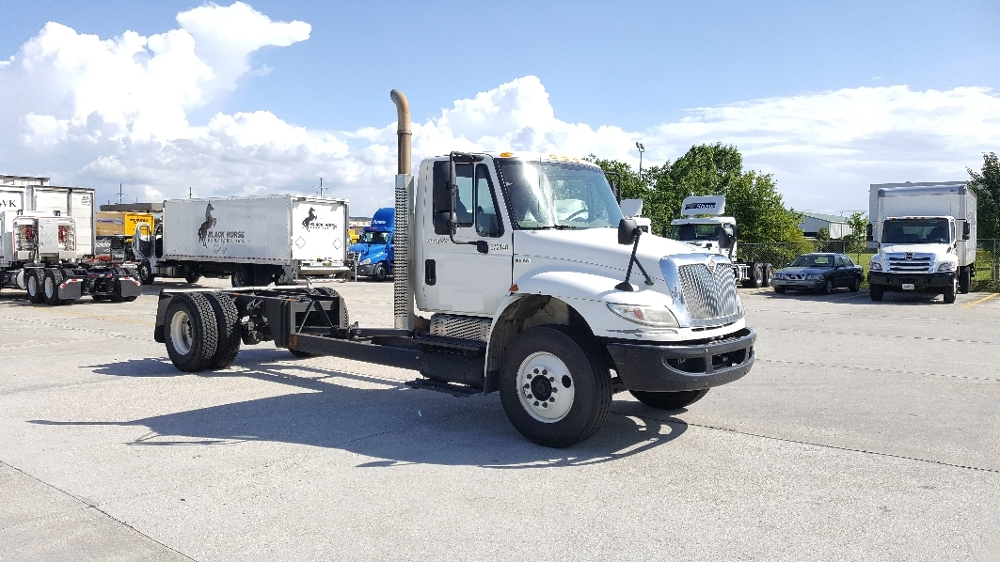 Cab and Chassis Truck-Light and Medium Duty Trucks-International-2010-4300-HAMMOND-LA-268,358 miles-$16,250