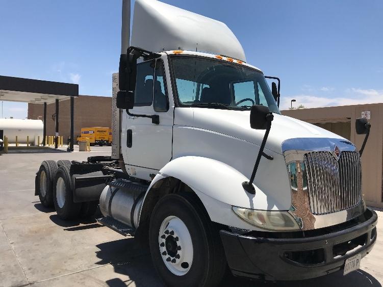 Day Cab Tractor-Heavy Duty Tractors-International-2010-8600-NORTH LAS VEGAS-NV-183,606 miles-$30,750