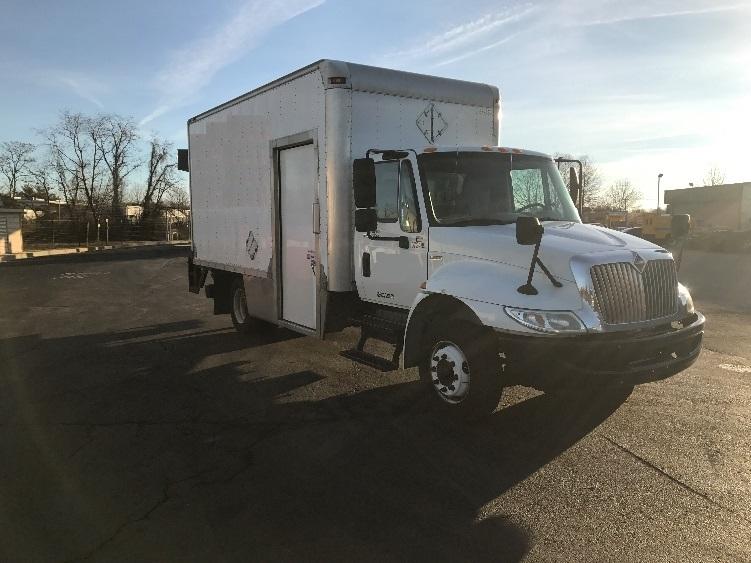 Medium Duty Box Truck-Light and Medium Duty Trucks-International-2011-4300LP-NEW CASTLE-DE-190,544 miles-$30,000
