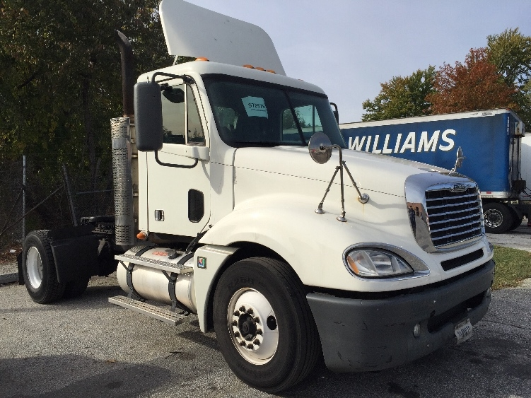 Day Cab Tractor-Heavy Duty Tractors-Freightliner-2010-Columbia CL12042ST-BALTIMORE-MD-350,851 miles-$34,250