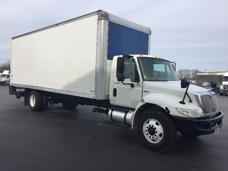 Medium Duty Box Truck-Light and Medium Duty Trucks-International-2010-4300-CHATTANOOGA-TN-230,153 miles-$19,750