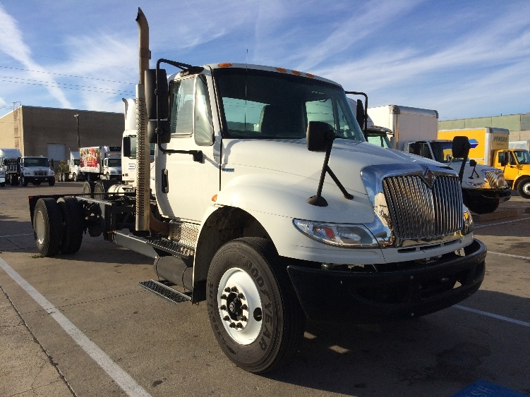 Cab and Chassis Truck-Light and Medium Duty Trucks-International-2010-4300-GARLAND-TX-205,811 miles-$20,250