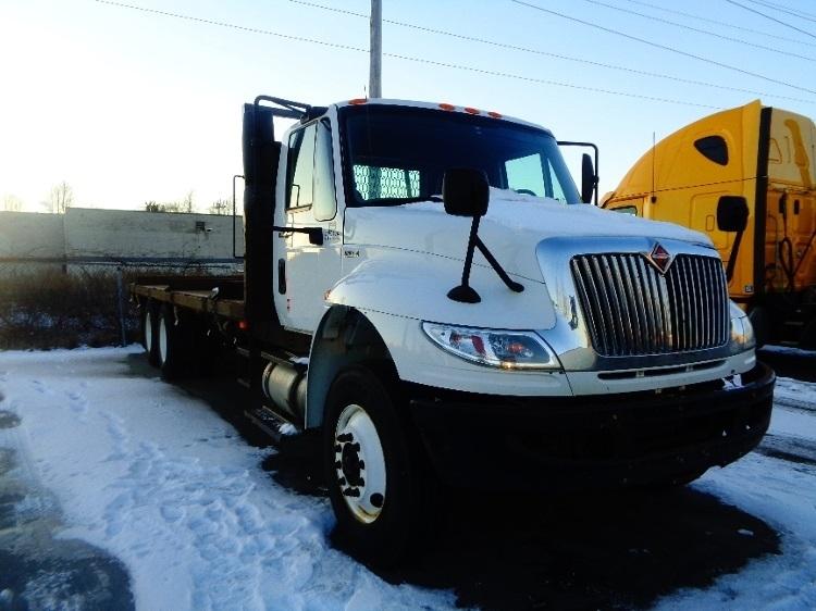 Flatbed Truck-Light and Medium Duty Trucks-International-2010-4400-LONDON-ON-490,328 km-$21,500