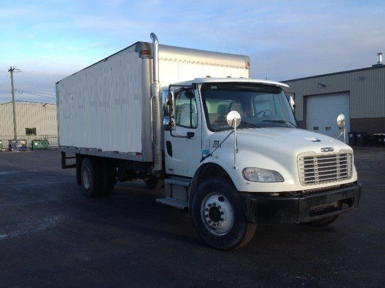Medium Duty Box Truck-Light and Medium Duty Trucks-Freightliner-2010-M2-BOUCHERVILLE-PQ-140,800 km-$31,750