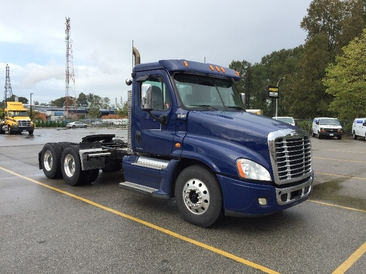 Day Cab Tractor-Heavy Duty Tractors-Freightliner-2010-Cascadia 12564ST-DELTA-BC-394,862 km-$57,750