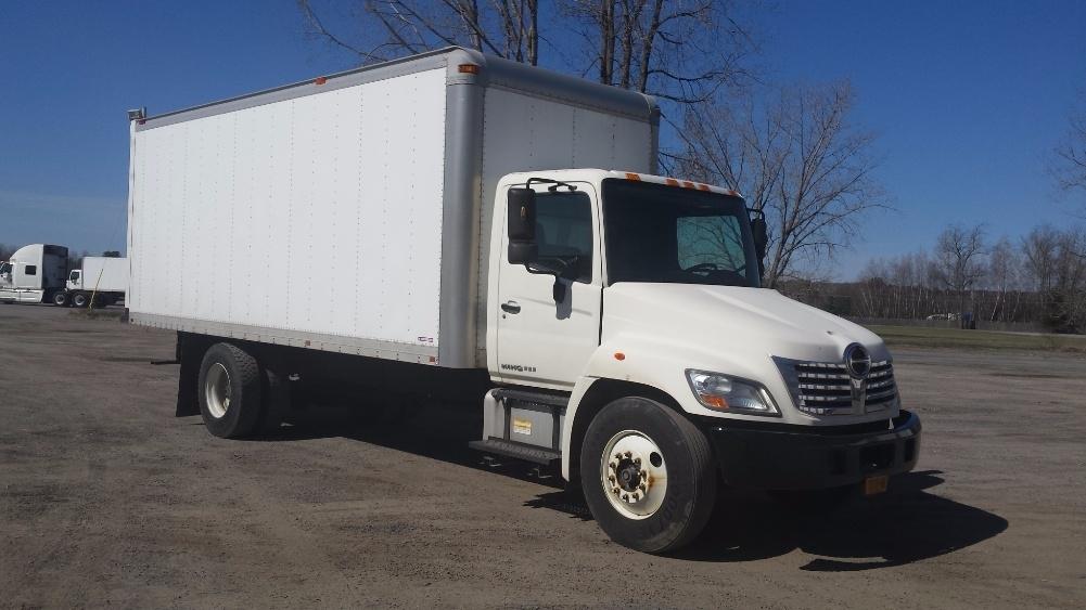 Medium Duty Box Truck-Light and Medium Duty Trucks-Hino-2010-268-GANSEVOORT-NY-219,444 miles-$21,750