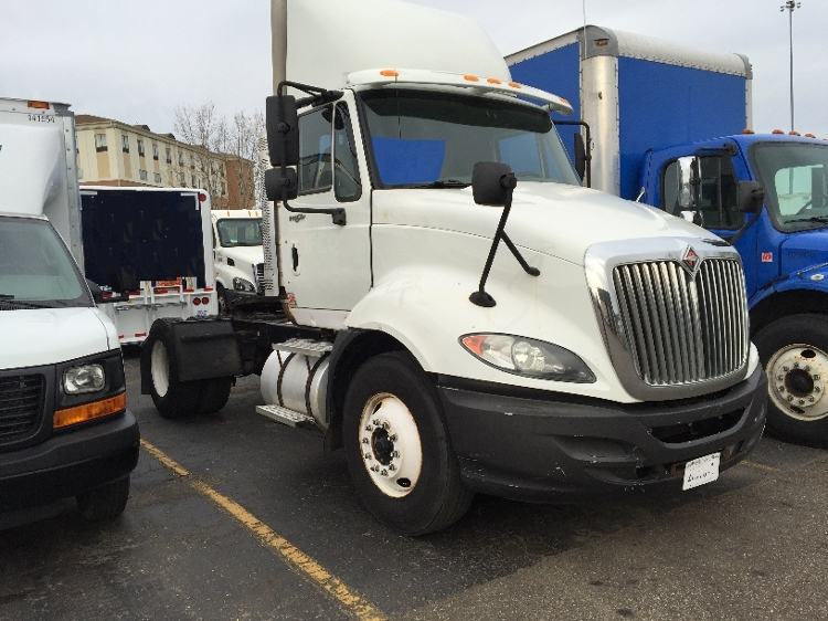 Day Cab Tractor-Heavy Duty Tractors-International-2010-ProStar-MIDDLEFIELD-OH-483,676 miles-$23,500