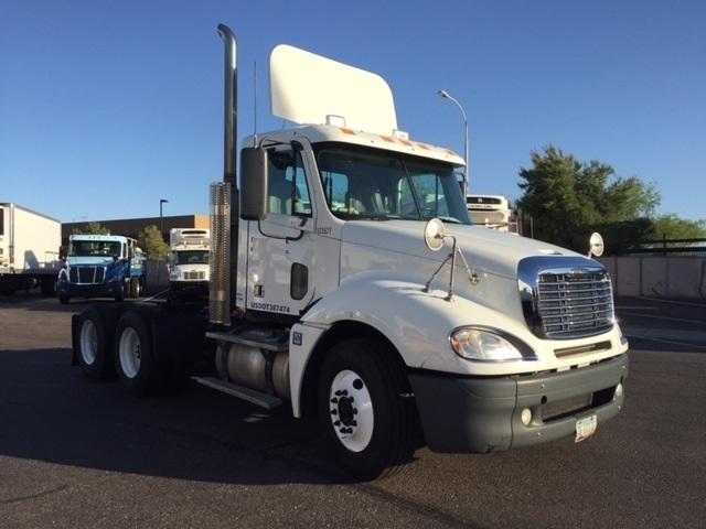 Day Cab Tractor-Heavy Duty Tractors-Freightliner-2009-Columbia CL12064ST-PHOENIX-AZ-606,809 miles-$23,250