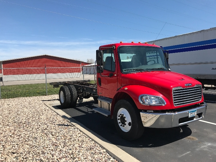 Cab and Chassis Truck-Light and Medium Duty Trucks-Freightliner-2010-M2-NEENAH-WI-243,596 miles-$26,750
