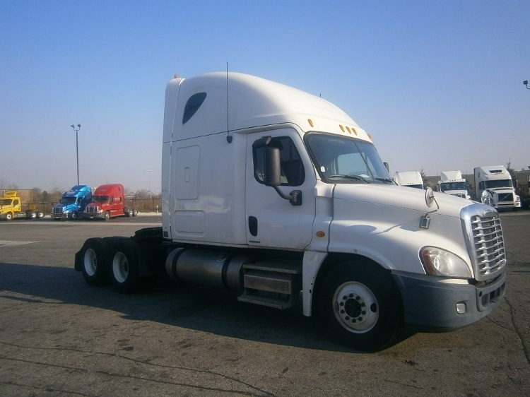 Sleeper Tractor-Heavy Duty Tractors-Freightliner-2010-Cascadia 12564ST-MISSISSAUGA-ON-862,450 km-$34,750