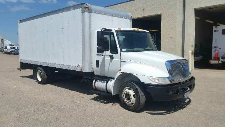 Medium Duty Box Truck-Light and Medium Duty Trucks-International-2010-4300M7LP-SIOUX FALLS-SD-169,572 miles-$17,500