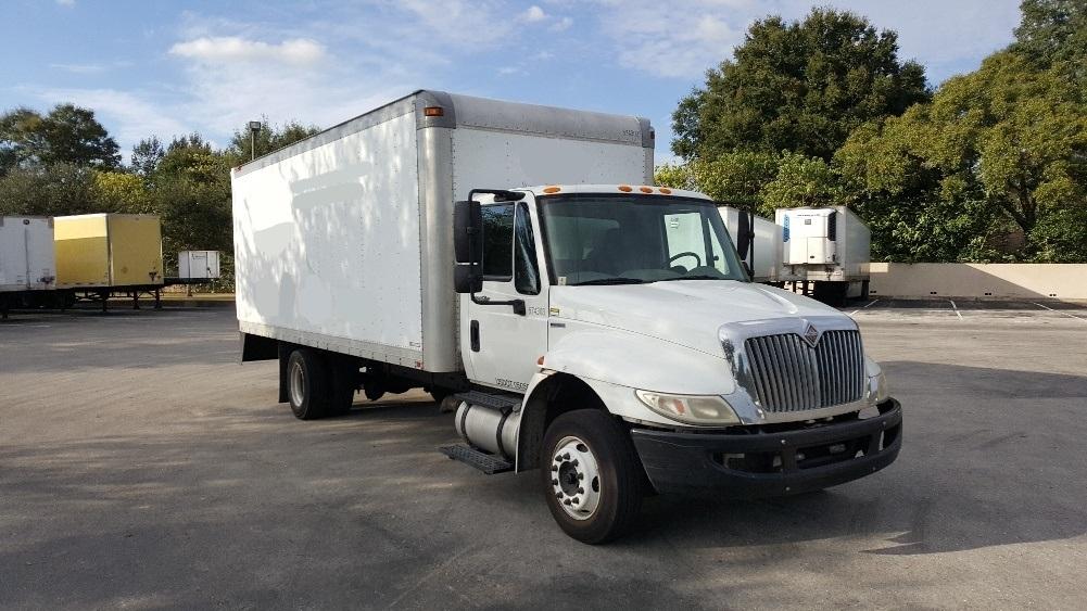 Medium Duty Box Truck-Light and Medium Duty Trucks-International-2010-4300M7LP-LAKELAND-FL-211,499 miles-$19,250