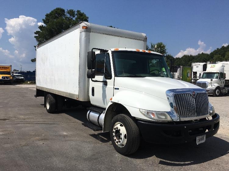 Medium Duty Box Truck-Light and Medium Duty Trucks-International-2010-4300M7LP-SHREVEPORT-LA-144,388 miles-$19,750