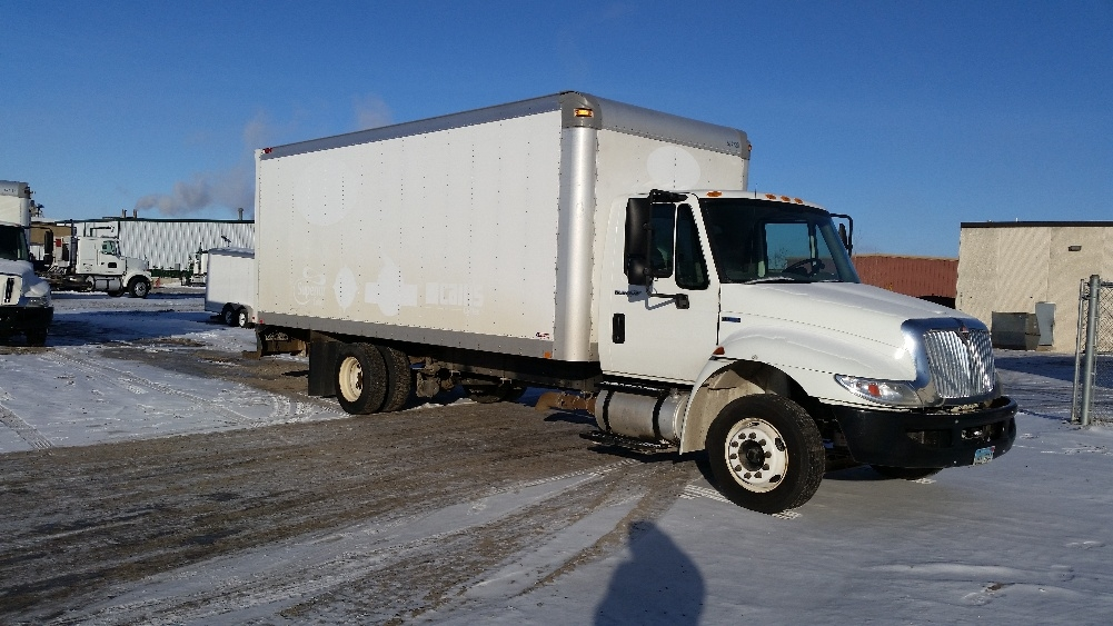 Medium Duty Box Truck-Light and Medium Duty Trucks-International-2010-4300M7LP-FARGO-ND-259,311 miles-$15,750