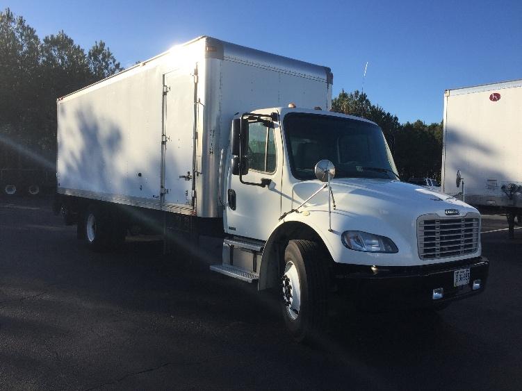 Medium Duty Box Truck-Light and Medium Duty Trucks-Freightliner-2010-M2-CHESAPEAKE-VA-154,161 miles-$36,500