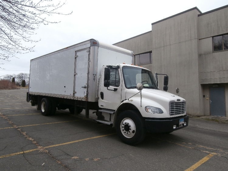 Medium Duty Box Truck-Light and Medium Duty Trucks-Freightliner-2010-M2-WATERBURY-CT-149,073 miles-$30,750