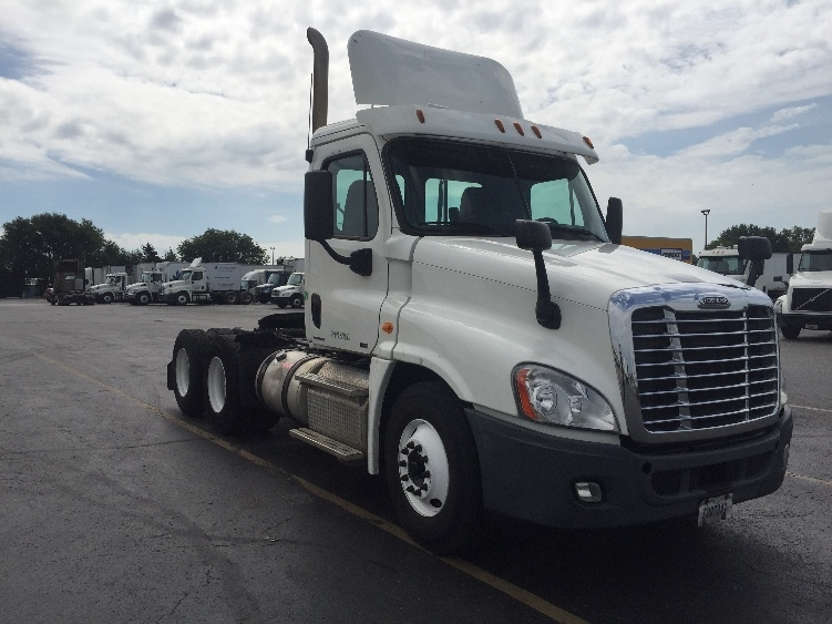 Day Cab Tractor-Heavy Duty Tractors-Freightliner-2011-Cascadia 12564ST-TULSA-OK-344,280 miles-$37,750