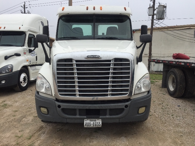 Day Cab Tractor-Heavy Duty Tractors-Freightliner-2011-Cascadia 12564ST-HOUSTON-TX-274,237 miles-$43,500