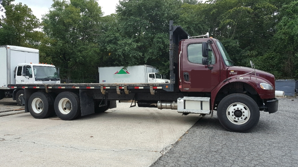 Flatbed Truck-Light and Medium Duty Trucks-Freightliner-2010-M2-ATLANTA-GA-215,793 miles-$40,500