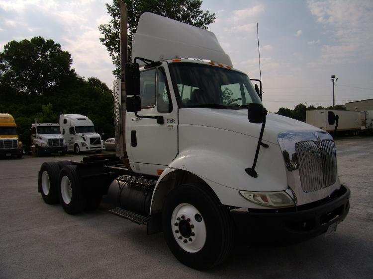 Day Cab Tractor-Heavy Duty Tractors-International-2009-8600-JACKSON-TN-161,220 miles-$28,750