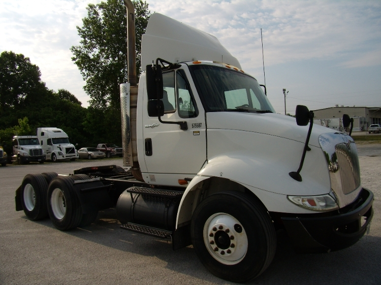 Day Cab Tractor-Heavy Duty Tractors-International-2009-8600-JACKSON-TN-224,308 miles-$27,750