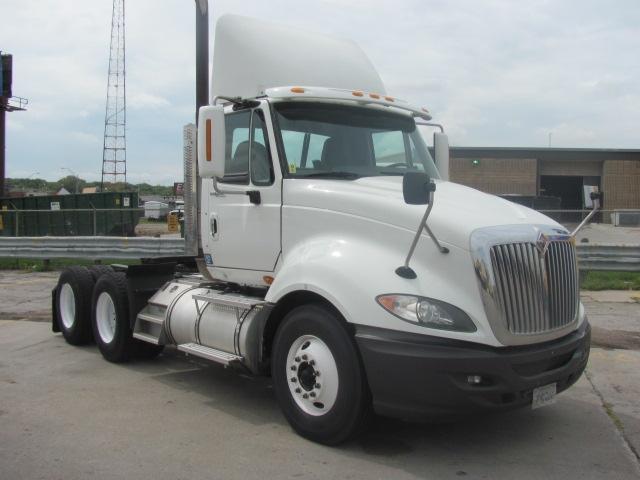 Day Cab Tractor-Heavy Duty Tractors-International-2009-ProStar-OMAHA-NE-637,578 miles-$23,250