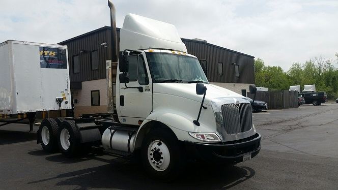 Day Cab Tractor-Heavy Duty Tractors-International-2009-8600-OBETZ-OH-410,650 miles-$22,500