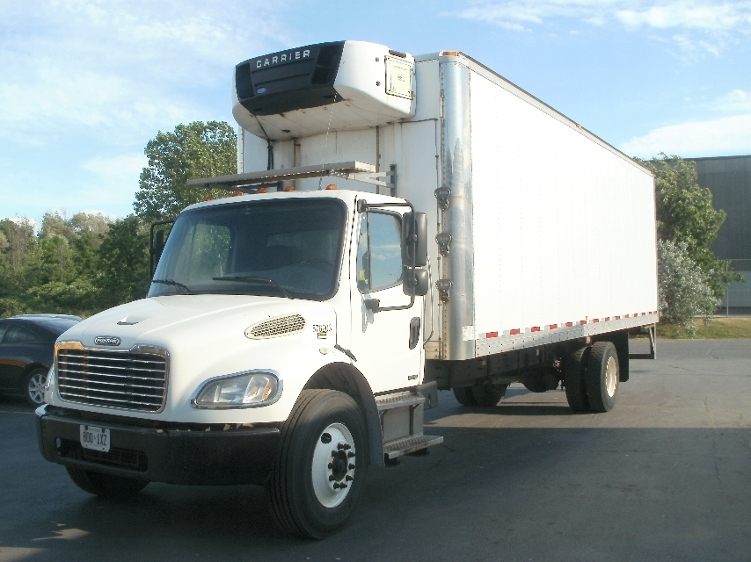Reefer Truck-Light and Medium Duty Trucks-Freightliner-2010-M2-MISSISSAUGA-ON-435,064 km-$27,250