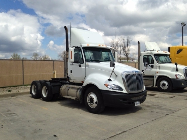 Day Cab Tractor-Heavy Duty Tractors-International-2009-ProStar-ROMEOVILLE-IL-466,761 miles-$28,500