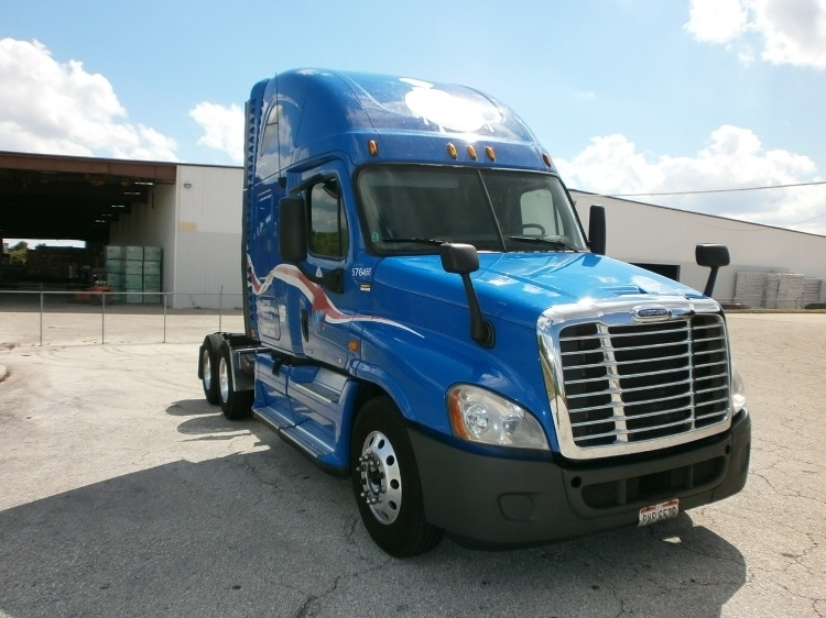 Sleeper Tractor-Heavy Duty Tractors-Freightliner-2011-Cascadia 12564ST-WINTER HAVEN-FL-605,275 miles-$34,500