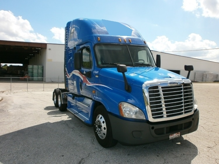 Sleeper Tractor-Heavy Duty Tractors-Freightliner-2011-Cascadia 12564ST-WINTER HAVEN-FL-690,547 miles-$34,500