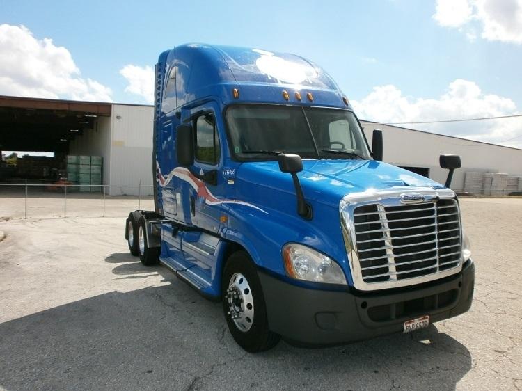 Sleeper Tractor-Heavy Duty Tractors-Freightliner-2011-Cascadia 12564ST-WINTER HAVEN-FL-598,145 miles-$34,000