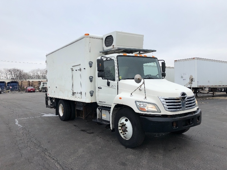 Medium Duty Box Truck-Light and Medium Duty Trucks-Hino-2010-268-SOUTH HOLLAND-IL-171,959 miles-$23,500