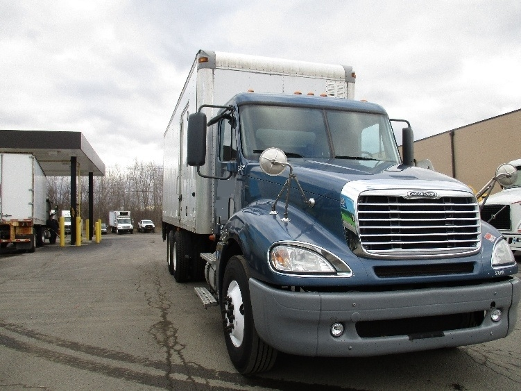 Medium Duty Box Truck-Heavy Duty Tractors-Freightliner-2010-Columbia CL12064ST-ELMIRA-NY-419,721 miles-$51,000