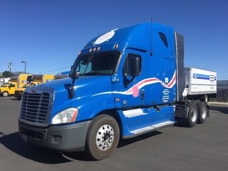 Sleeper Tractor-Heavy Duty Tractors-Freightliner-2011-Cascadia 12564ST-SPARKS-NV-701,291 miles-$28,000