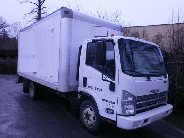 Medium Duty Box Truck-Light and Medium Duty Trucks-Isuzu-2010-NQR-SPRINGFIELD-OR-175,596 miles-$23,250