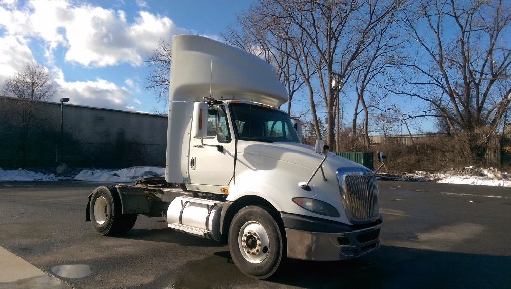 Day Cab Tractor-Heavy Duty Tractors-International-2010-ProStar-ALBANY-NY-424,636 miles-$21,500