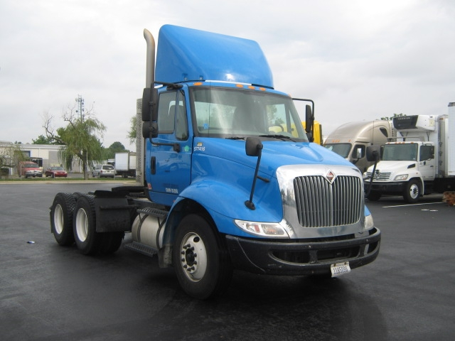 Day Cab Tractor-Heavy Duty Tractors-International-2010-8600-NEW CASTLE-DE-267,477 miles-$31,500